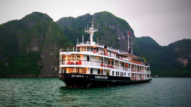 Halong Bay Travel Experiences