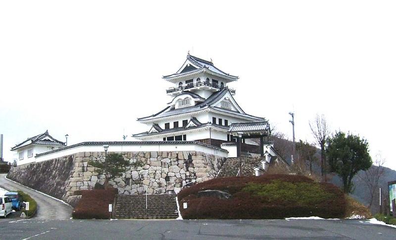 Kawahara Castle