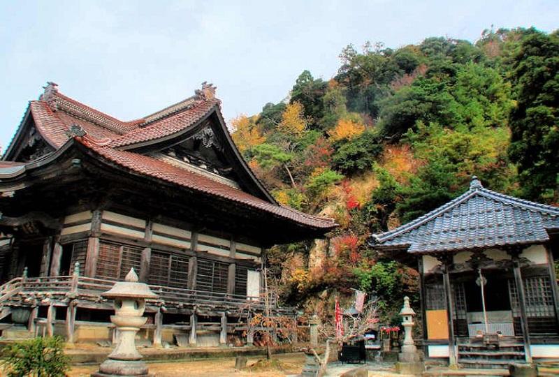Manidera Temple
