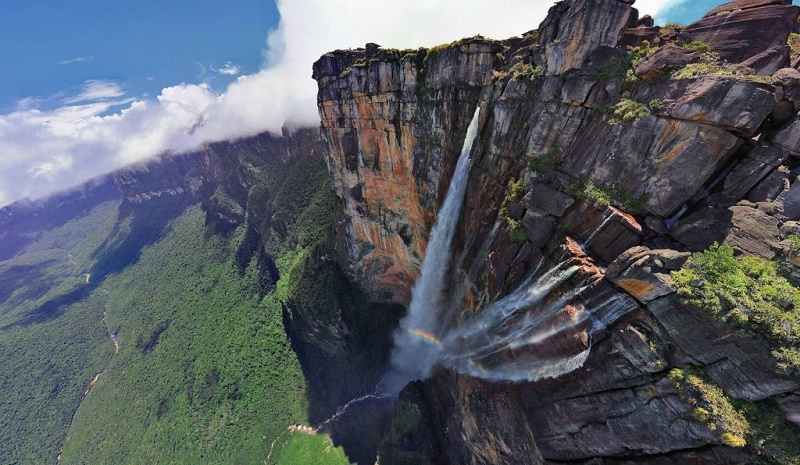 Travel to angel falls